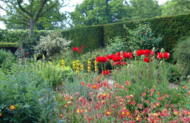 Rabata kwiatowa w Sissinghurst